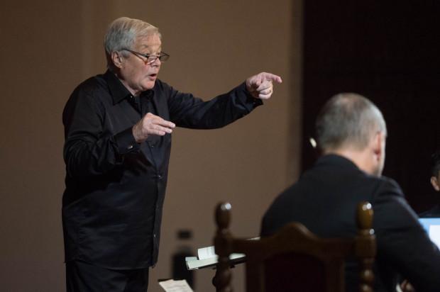 Orkiestrę, chór i solistów poprowadził Ralf Beck.