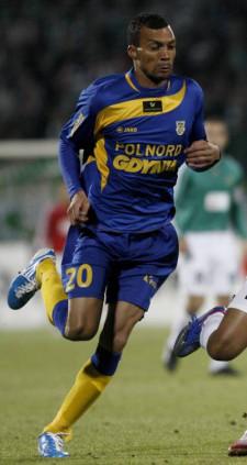 Emil Noll przerwał, trwającą ponad 1000 minut, niemoc strzelecką gdynian na naturalnej trawie w meczach ligowych.