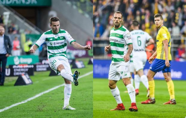 Pogodzenie obecności na boisku Artura Sobiecha (z lewej) i Flavio Paixao (z prawej) to jedno z wyzwań trenera Piotra Stokowca.
