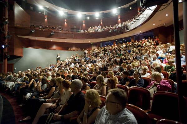 Spektakle Teatru Wybrzeże poszeregowano na trzy grupy po to, aby ułatwić widzom zakup biletów.