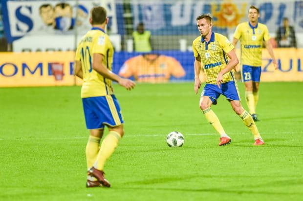 Adam Deja doznał kontuzji w pierwszej połowie meczu z Legią Warszawa. Najwcześniej wróci do gry po przerwie dla reprezentacji, która nastąpi po niedzielnym spotkaniu z Zagłębiem Lubin.