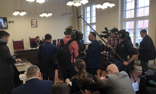 Proces w trybie wyborczym cieszył się dużym zainteresowaniem dziennikarzy.