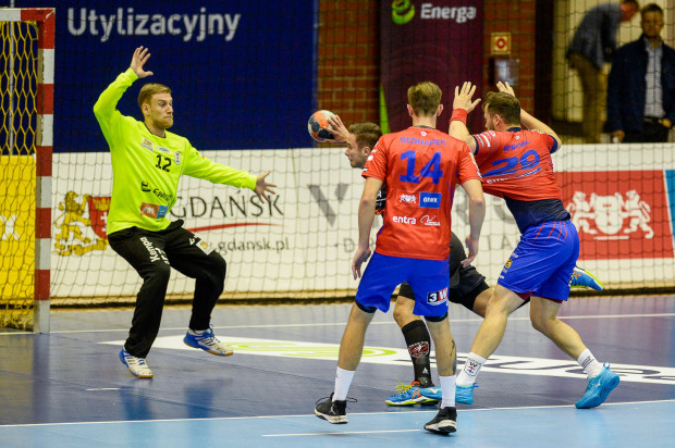 Szczypiorniści Wybrzeża w niedzielę zagrają w Gdańsku o drugą wygraną z rzędu w Superlidze.