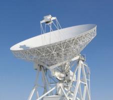 Obecnie największy w Polsce radioteleskop o średnicy 32 metrów jest w Piwnicach koło Torunia.