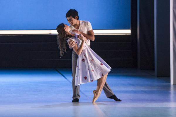 Piękna opowieść o miłości, pokonującej granice życia i śmierci, to popisowe partie dla tancerzy kreujących Giselle i Alberta. Podczas premiery wspaniale zaprezentowali się w nich Maria Kielan i Gento Yoshimoto (na zdjęciu).