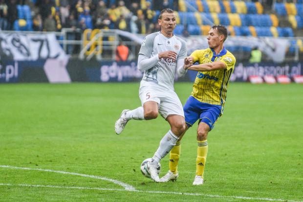 Frederik Helstrup jeszcze nie zdobył dla Arki bramki. Chciały, aby zmieniło się to w najbliższych meczach.