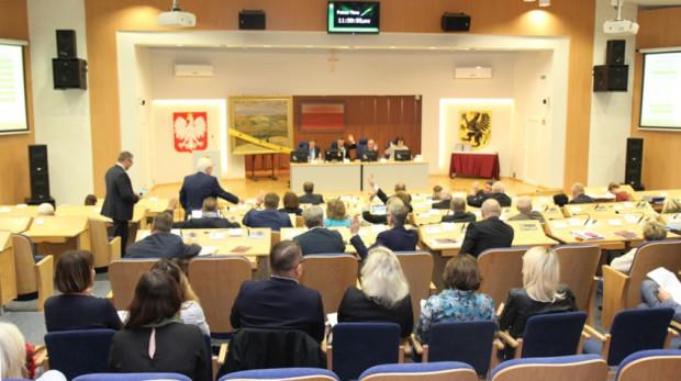Choć w nowej kadencji sejmiku wojewódzka pomorskiego Koalicja Obywatelska zachowa większość, to w regionalnym parlamencie zasiądzie wiele nowych nazwisk.
