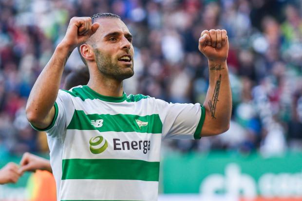 Czy w sobotę Flavio Paixo strzeli przynajmniej jednego gola w derbach Trójmiasta po raz czwarty z rzędu? Portugalczyk może uświetnić tym swój setny występ w barwach Lechii.