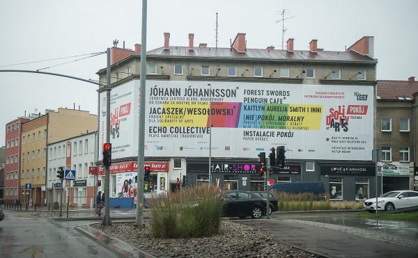 Nielegalna reklama festiwalu Solidarity of Arts w 2017 r.