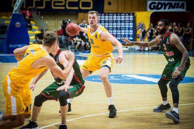 Mikołaj Witliński jest jednym z tych koszykarzy Arki, który stawia pierwsze kroki w europejskich pucharach i potrzebuje czasu, aby się z nimi zapoznać.