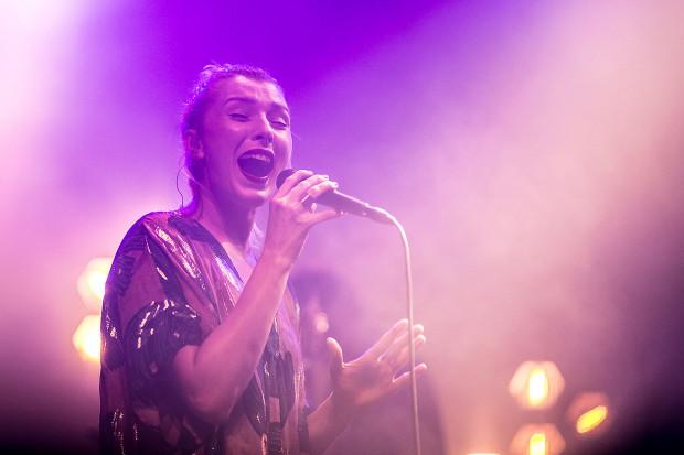 Mela Koteluk powraca z nowym albumem. W niedzielę wystąpi w Filharmonii Bałtyckiej.