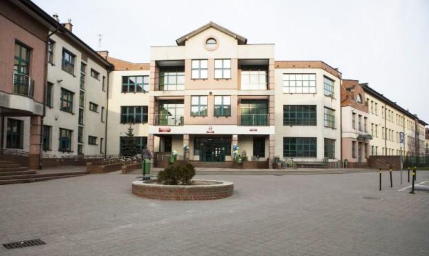 W Szkole Podstawowej nr 85 na Jasieniu padło najwięcej głosów na Pawła Adamowicza, gdzie zagłosowało na niego 77,86 proc. wyborców.