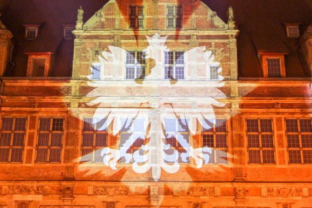 Sobotni pokaz video mappingu wpisuje się w jubileuszowe obchody stulecia odzyskania przez Polskę niepodległości.