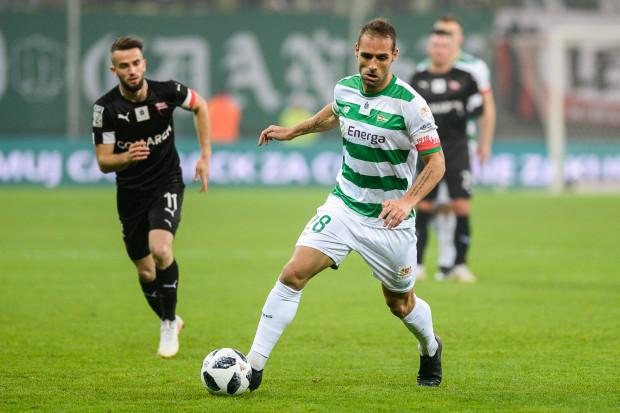 Flavio Paixao jest współliderem w dwóch klasyfikacjach, ale to z pewnością nie jego ostatnie słowo. Akumulatory do zdobywania kolejnych goli kapitan Lechii Gdańsk ładuje w Portugalii.