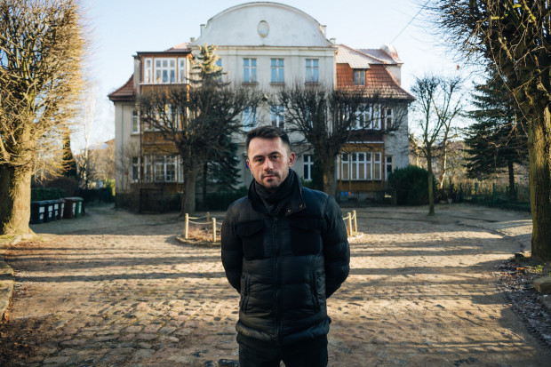 Kurator Narracji - Piotr Stasiowski.