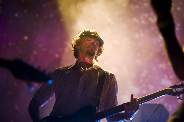 Tegoroczny Pure Phase Ensemble, czyli specjalny muzyczny projekt festiwalu SpaceFest poprowadzi Will Carruthers, który gościł na imprezie kilka lat temu jako muzyk Dead Skeletons.