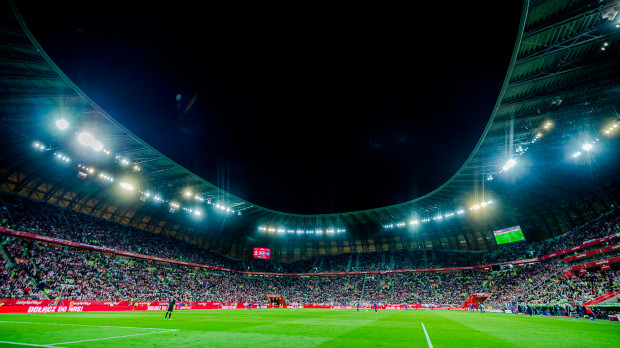 Co najmniej 33 tys. kibiców obejrzy mecz Polska-Czechy, który rozpocznie się o godz. 18 na stadionie Energa Gdańsk.