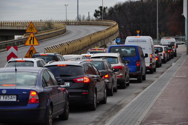 Korek na wjeździe na Armii Krajowej w ostatnich dniach mocno daje się we znaki kierowcom w centrum Gdańska.