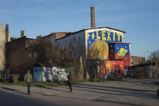 Mariusz Waras często wykorzystywał powierzchnię budynku WL4 do tworzenia murali.
