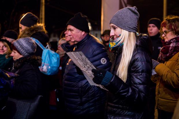 W piątek o godz. 17 uczestnicy Narracji, wyposażeni w festiwalowe mapy, wyruszyli na spacer ulicami starej Oliwy.
