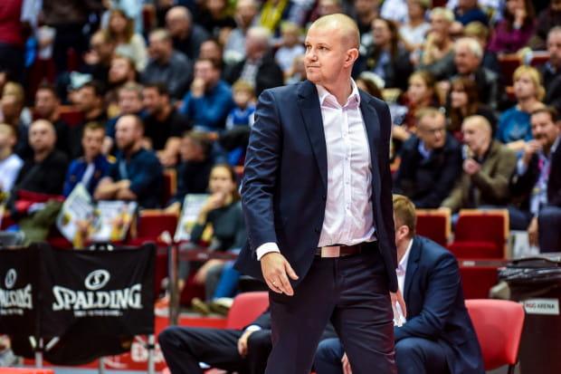 Trener Marcin Kloziński może być rozczarowany postawą swojego zespołu. Od ponad miesiąca Trefl nie potrafi zwyciężyć w PLK.