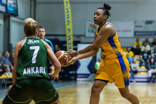 Emma Cannon przyznaje, że na początku przygody z koszykówką nie wiedziała, że będzie środkową.