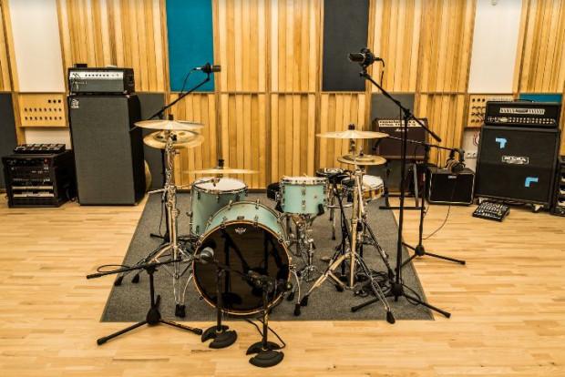 Studio wyposażone jest m.in. w profesjonalny sprzęt.