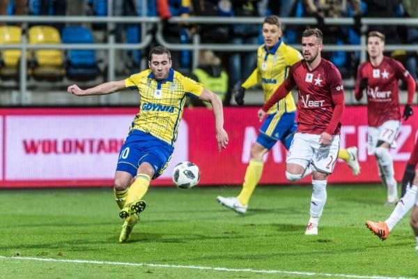 Luka Zarandia uważa, że odkąd jest w Polsce żadna drużyna ekstraklasy nie grała tak dobrze jak Arka Gdynia w pierwszej połowie w meczu z Wisłą Kraków.