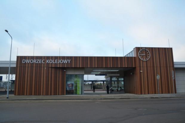 Dworzec tzw. systemowy w Ciechanowie. Podobny budynek planowany jest we Wrzeszczu.