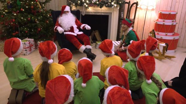 Ruszyła Wielka Fabryka Elfów a jej organizatorzy do 23 grudnia zapraszają wszystkie dzieci i rodziców do AmberExpo.