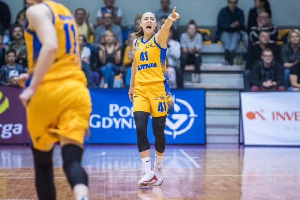 Barbora Balintova (nr 41) była jedną z koszykarek, które poprowadziły Arkę do wygranej pod nieobecność Emmy Cannon.