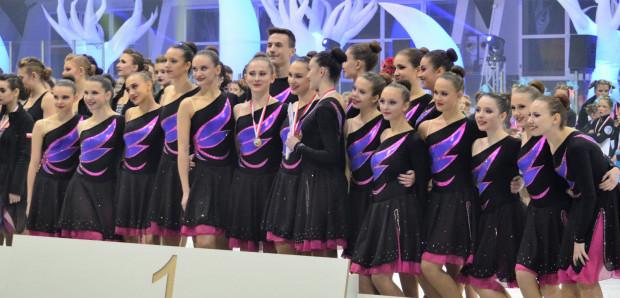 Gdański Iceskater z medalami.