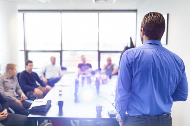 """""""Z badań Hays Poland wynika, że najczęściej pracodawcy umożliwiają uczestnictwo w kursach i szkoleniach - wewnętrznych i zewnętrznych."""""""