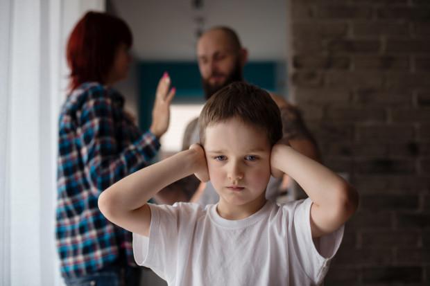 Dzieciom potrzebny jest czas, dlatego raczej lepiej się wstrzymać z zapoznaniem ich z naszym nowym partnerem.