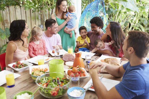 Rodzina patchworkowa jest pewnego rodzaju tworem, składającym się z różnych osób. Nierzadko są to rodziny wielokulturowe.