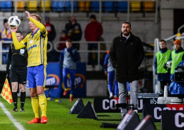 Zbigniew Smółka przyznaje, że piłkarze Arki Gdynia są już zmęczeni, ale liczy, iż zwycięsko zakończą rok.