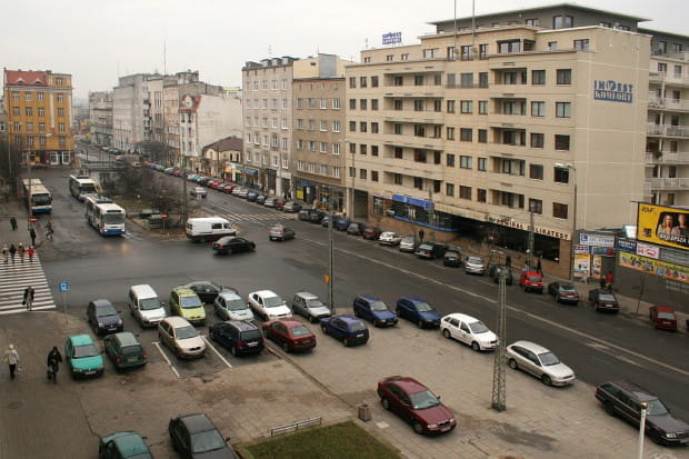 2005 r. Plac Kaszubski z pętlą trolejbusową.