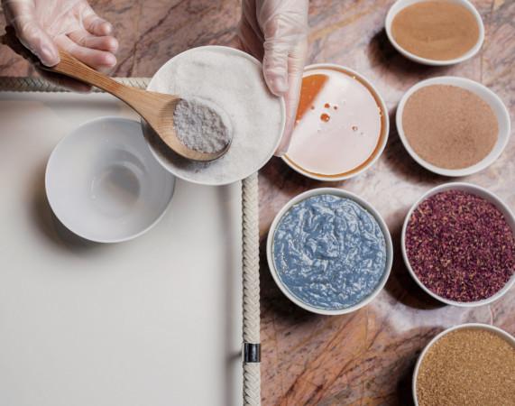 Naturalne kosmetyki możemy przygotować samodzielnie lub sięgnąć po sprawdzone polskie marki.