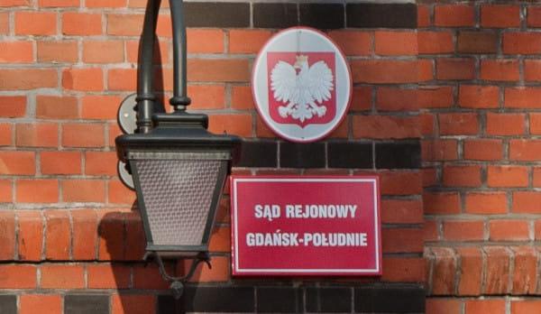Sąd Rejonowy w Gdańsku rozstrzygnie, czy gdańska urzędniczka popełniła dwa przestępstwa - jak uważa prokuratura, czy też jest niewinna - jak uważa gdański magistrat.