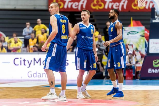Koszykarze Arki Gdynia byli zagubieni w obronie w meczu z Polskim Cukrem, do tego zawiodła ich skuteczność w ataku.