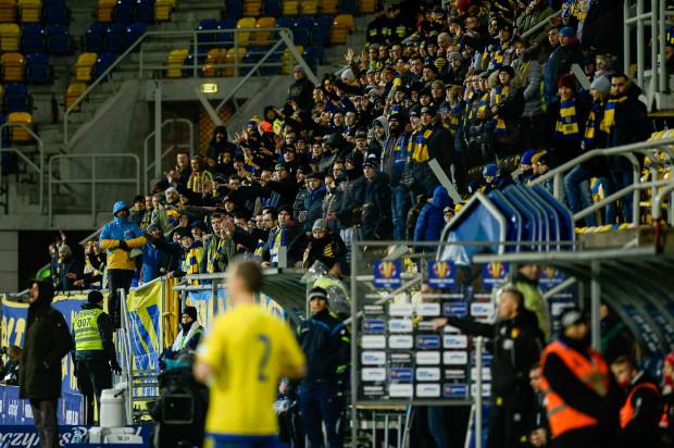 Kibice Arki Gdynia w połowie lutego wrócą na wyjazdowe mecze Arki Gdynia, a już od 10 stycznia można nabywać karnety na spotkania domowe żółto-niebieskich, które odbędą się przy ul. Olimpijskiej do końca sezonu zasadniczego.