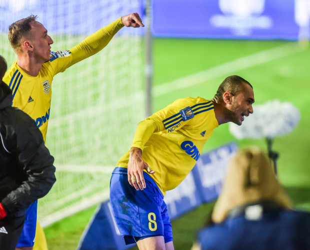 Marcus (nr 8) gra w Arce Gdynia od lata 2012 roku. Strzelił wiele ważnych goli dla żółto-niebieskich, ale kolejnych już najwyraźniej nie będzie.