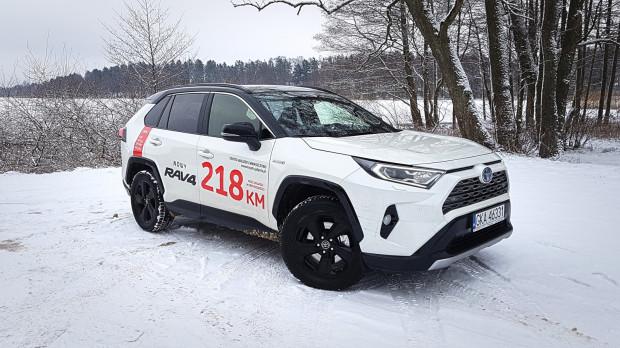 Nowa Toyota RAV4 jest już dostępna do jazd testowych.