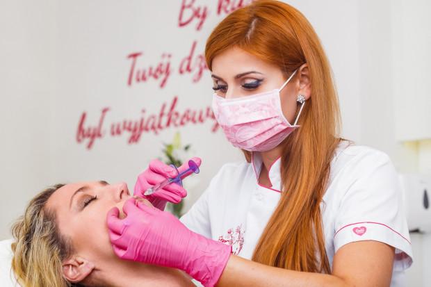 O światowych trendach w medycynie estetycznej opowiada doktor Anastazja Skuras, lekarz medycyny estetycznej, chirurg ogólny, flebolog.