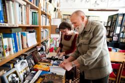 Aby móc wypożyczać książki, trzeba zapłacić 200 zł rocznie albo 20 zł jako składkę miesięczną.
