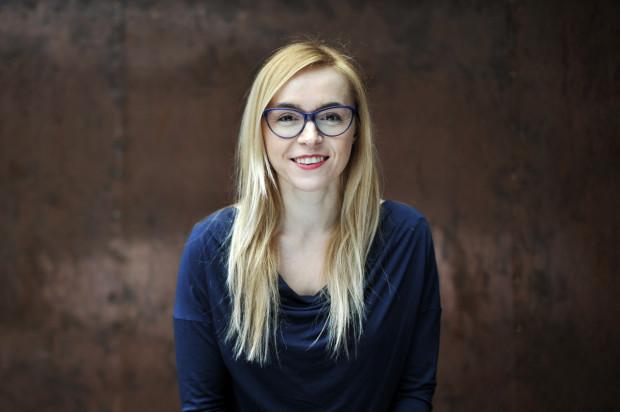 """W """"Złotej rybce przed 40-tką"""" Magdalena Bochan-Jachimek przygląda się tematyce ludzkich marzeń."""