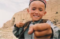 """... a """"Mir: Dziesięć lat w Afganistanie"""" to opowieść o dziewięcioletnim chłopcu, któremu reżyser towarzyszył z kamerą przez całą dekadę."""