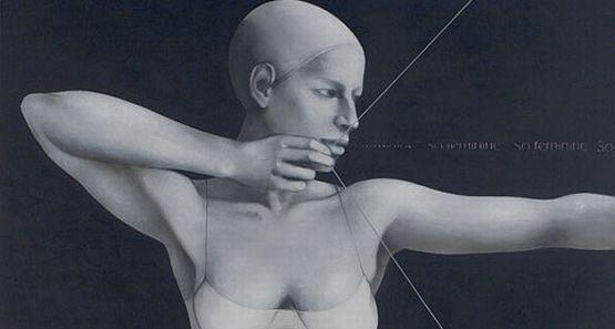Według Białeckiej bronią współczesnej Artemidy jest jej kobiecość.