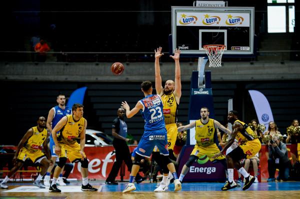 Koszykarze Trefla Sopot nie mają ostatnio najlepszej passy. Ich domowe porażki i tak zaskoczyły jednak uczestników naszego Typera.