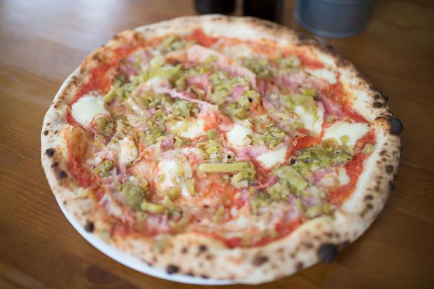 Pizza z duszonym porem w Na Okrągło